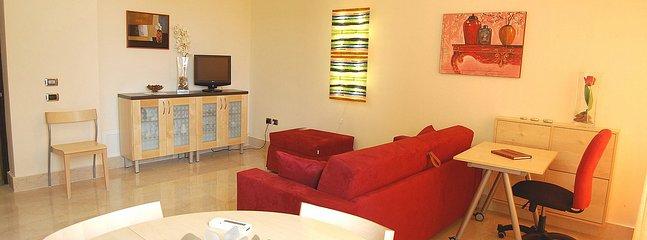 Appartamento Ariele E - Image 1 - Roma - rentals