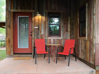 Dog-friendly studio space in town - walk to restaurants and creekside trail! - Moab vacation rentals