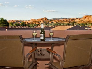 Desert getaway w/ shared seasonal pool, community hot tub & sport courts - Moab vacation rentals
