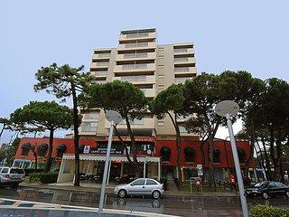 Bright 3 bedroom House in Lignano Sabbiadoro - Lignano Sabbiadoro vacation rentals