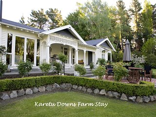 Farm Stay Karetu Downs B&B Stunning Waipara Gorge - Hawarden vacation rentals