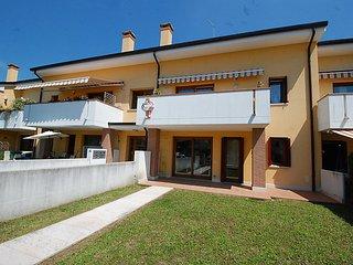 Bright House with Television and Washing Machine - Mogliano Veneto vacation rentals