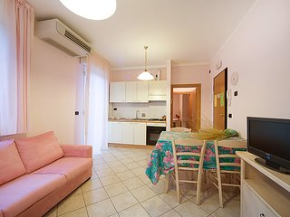 Cozy 2 bedroom House in Torre Pedrera - Torre Pedrera vacation rentals
