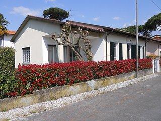 Comfortable 3 bedroom House in Tonfano - Tonfano vacation rentals