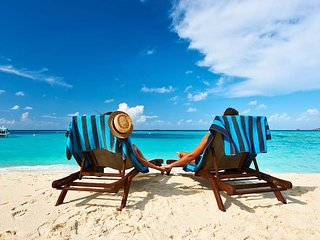 LOW-RATES! Ideal for 4, only steps to the beach! - Playa del Carmen vacation rentals