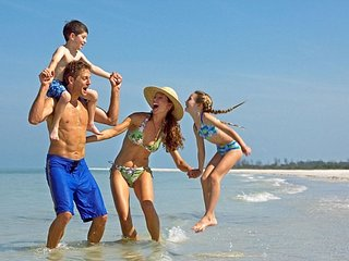 PERFECT FOR FAMILIES! The beach is just steps away - Playa del Carmen vacation rentals