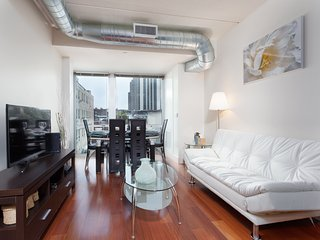 Fantastic Philly Fully Furnished Apartments - Philadelphia vacation rentals