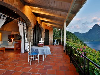 Beautiful 3 bedroom Villa in Soufriere - Soufriere vacation rentals