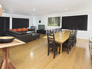 Spacious House with Internet Access and Television - Jindabyne vacation rentals