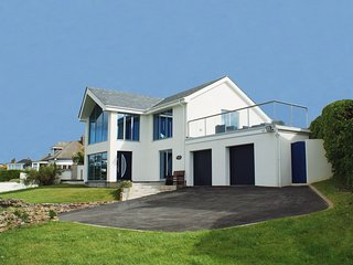 Bright 4 bedroom Mawgan Porth House with DVD Player - Mawgan Porth vacation rentals