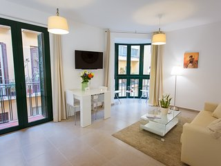 2 bedrooms apartment in historical centre Malaga and close to the beach - Malaga vacation rentals
