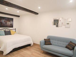 JERO::Old Town, City center. Beaches - San Sebastian - Donostia vacation rentals