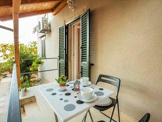 Studio flat on Lošinj with sea views - Mali Losinj vacation rentals