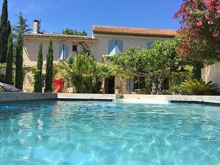 Charmant Mas Provençal dans les Alpilles - Fontvieille vacation rentals