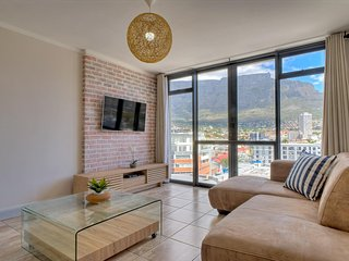 Four Seasons Table View Apartment - Cape Town vacation rentals