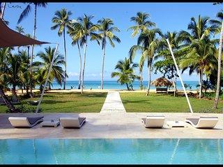 Beautiful 11 bedroom villa directly on the beach - Las Terrenas vacation rentals