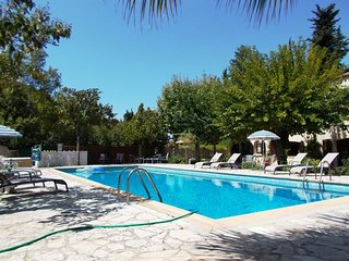 Nice Bed and Breakfast with Internet Access and Satellite Or Cable TV - Saint Cyr sur mer vacation rentals
