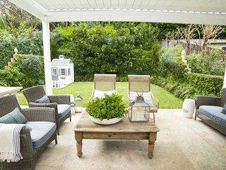 4 bedroom Villa with Internet Access in Double Bay - Double Bay vacation rentals