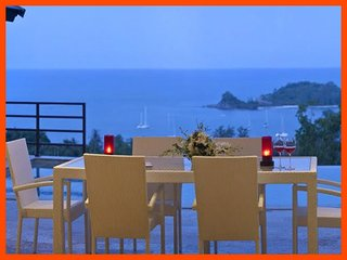 Comfortable Villa with Deck and Internet Access - Choeng Mon vacation rentals