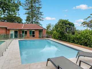 Gorgeous House with Internet Access and A/C - Lindfield vacation rentals