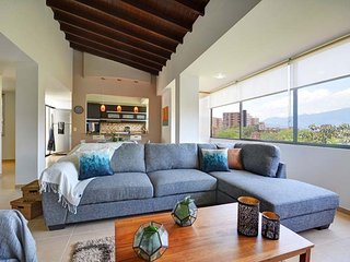 Large 3 Story Penthouse at the Amazing Frontera Area - Hispania vacation rentals