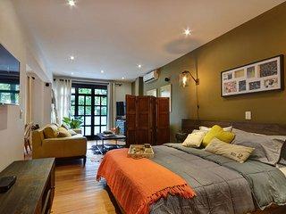 Romantic 1 bedroom Condo in Envigado - Envigado vacation rentals