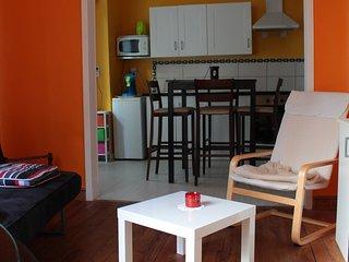 Cozy 2 bedroom Lourdes Condo with Internet Access - Lourdes vacation rentals