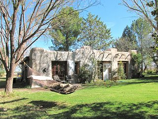 Nice House with Internet Access and A/C - McNeal vacation rentals