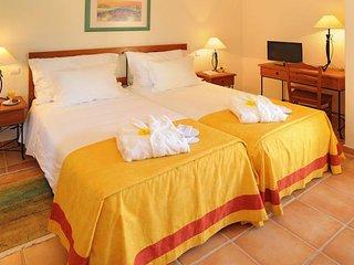 1 Bedroom Standard in Carvoeiro - Lagoa vacation rentals