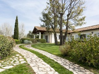 Traditional Tuscany countryside villa with pool - Montalto di Castro vacation rentals