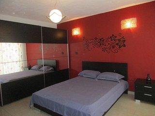 Luxury 3 Bedroom apartment at Qawra - Qawra vacation rentals