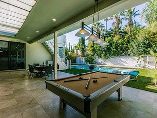 Dream Vacation Rental in Sherman Oaks!! - Los Angeles vacation rentals