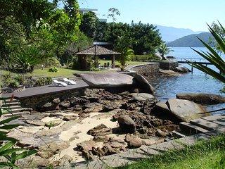 Beira Mar Com Vista Panorâmica E Estrutura Náutica - Angra Dos Reis vacation rentals