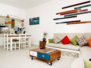 Newly renovated 1-bdr, 1 block from Mamitas beach! - Playa del Carmen vacation rentals