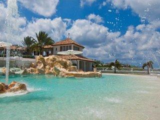 Luxury 7 bedroom St. Martin villa. Luxury! - Terres Basses vacation rentals