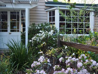 Hampden Country Cottage - Kangaroo Valley vacation rentals