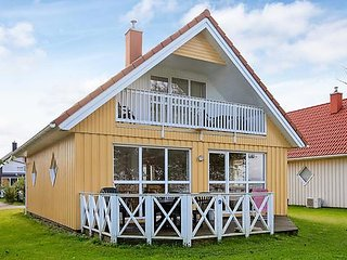 Cozy 3 bedroom House in Gelting with Television - Gelting vacation rentals