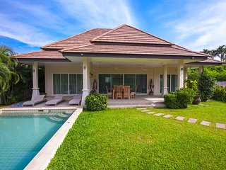 2BR private pool villa&garden in Rawai - Rawai vacation rentals