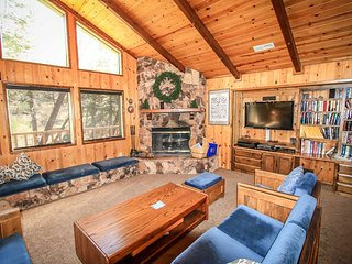 Nice House with Central Heating and Fireplace - Big Bear Lake vacation rentals