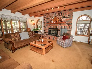 3 bedroom House with Central Heating in Big Bear City - Big Bear City vacation rentals