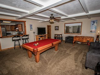 Beary Fun Escape Combo Cabins~Newly Furnished~Pool Table/Foosball~Great Location - Big Bear Lake vacation rentals