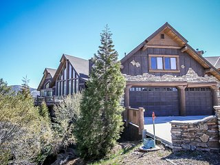 Windsong Manor~Castle Glen Estate~Lake-View Deck~Spa~Game Room~High End Decor~ - Big Bear Lake vacation rentals