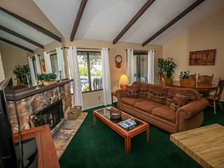 Wonderful 2 bedroom House in Big Bear Lake with Central Heating - Big Bear Lake vacation rentals