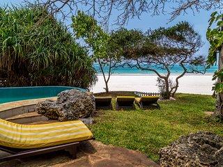 Tequila Sunrise Beach Villa - Diani Beach - Kenya - Diani vacation rentals