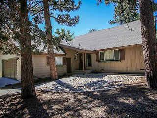 Grizzly Bear Inn #1546 ~ RA60493 - Big Bear City vacation rentals