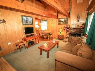 A Main Escape Cabin~Walk To Town/Lake~Loft~Cable/HBO~Kitchen~Fireplace~W/D~ - Big Bear Lake vacation rentals