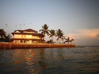 Water's Edge by Gateway Malabar A 6-bedroom villa - Maradu vacation rentals