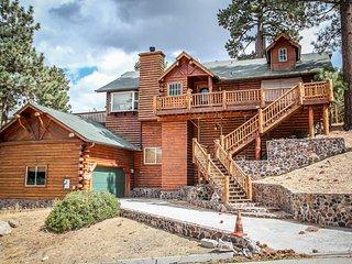 Cozy House with Garage and Hot Tub - Big Bear Lake vacation rentals