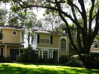 Charming 3BR Townhouse in Palm Harbor!!! - Palm Harbor vacation rentals