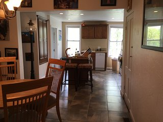 Cozy House with Television and Central Heating - Oakmont vacation rentals